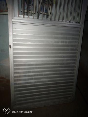 Vendo Portão de alumínio duas folhas - Foto 3