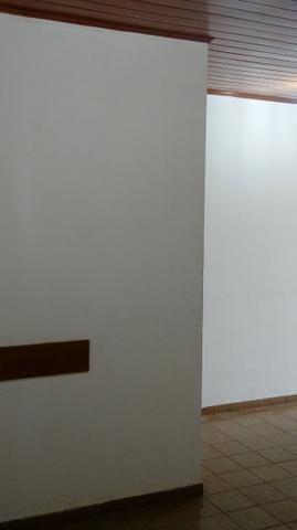 Sala próximo da CERT com 30 m2 02 divisórias 8º andar - Foto 9
