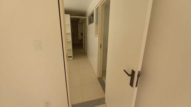 Apartamento na Ponta Verde (Edf.Eça De Queiroz) Oportunidade - Foto 5