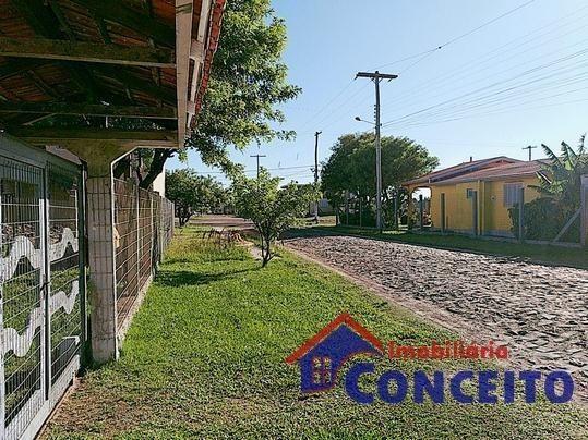 C11 - Linda residência com suíte em região de moradores - Foto 20