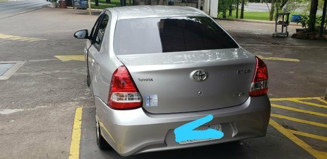 Carro Toyota Etios Sedan XS 1.5 18/19 - Foto 2