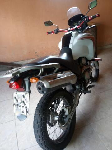 Vendo Moto Tenere 250cc - Foto 4