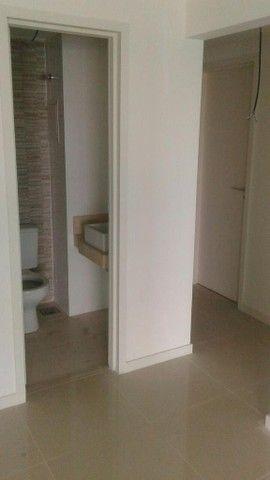 Apartamento para venda possui 123 metros quadrados com 3 quartos - Foto 2