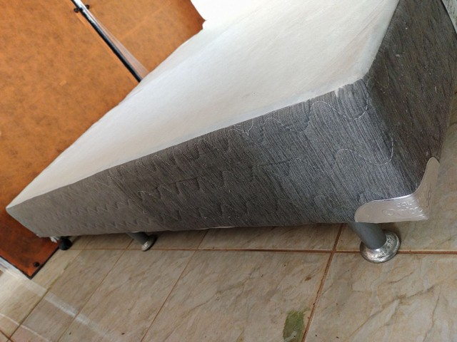 Cama King Molas ensacadas Usada  - Foto 5