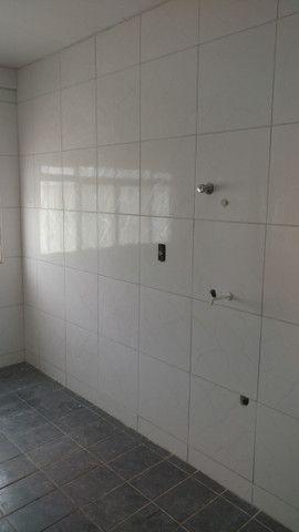 Alugo apto/sala comercial centro de Cuiabá-MT 110m²