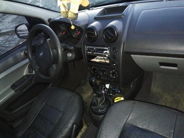 Ford Fiesta 2009 - Foto 12
