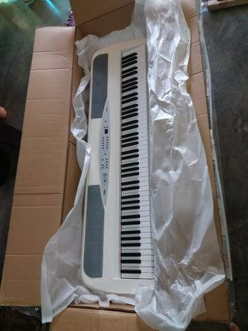 Piano Digital Korg SP280 - Foto 2
