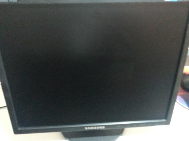 Monitor Samsung Syncmaster743b - Foto 3