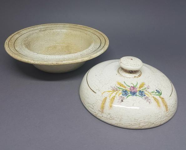 Manteigueira de Porcelana - ANTIGUIDADE - Foto 3