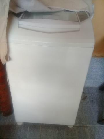 Vendo maquina de lavar 7kg - Foto 2