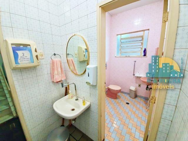Casa com 4 quartos amplos e uma linda piscina - Duplex com 260m² - 3 vagas - Foto 15