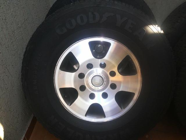 Rodas f250 com pneus goodyear - Foto 9