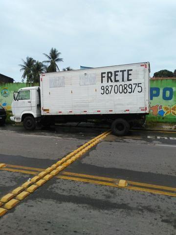 Caminhão com motorista para agregar