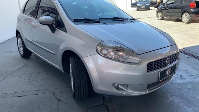 Fiat Punto ESSENCE 1.6 FLEX 4P - Foto 6