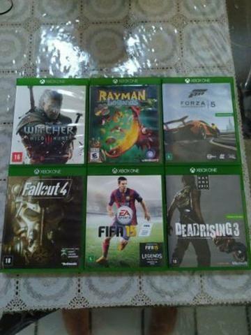 Xbox One - jogos, fone, bateria e carregador