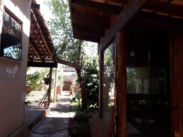 Casa em rua comercial - Foto 3