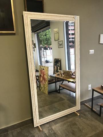 Espelho Grande com moldura branca demolição - Foto 5