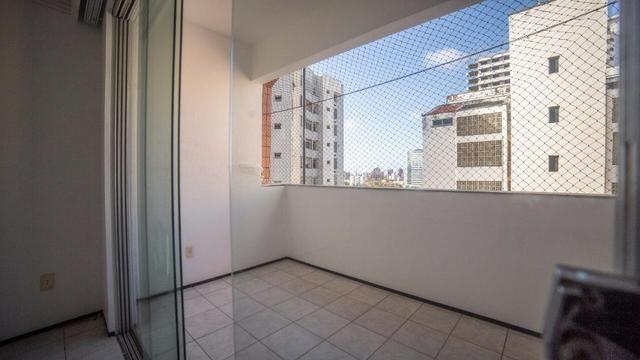 Vende-se Apartamento no Bairro Cocó Próximo Center Box - Foto 10