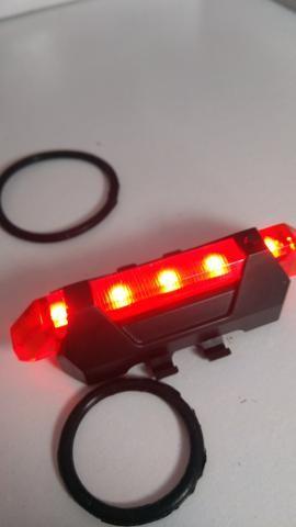 Lanterna traseira bike recarregável;) Entrega grátis