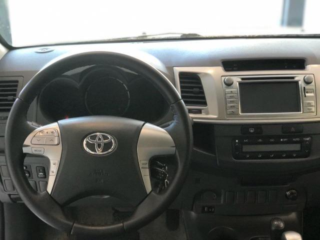 Toyota Hilux SRV 3.0 4x4 Diesel AUT. 2013 - Foto 6