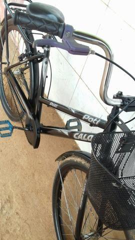 Bicicleta em perfeito estado 180 entrego.