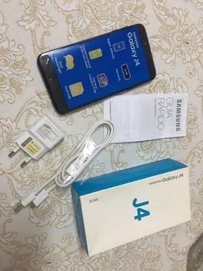 PARA VENDER HOJE !! Celular J4 32gigas+ 16gigas(cartão de memória)