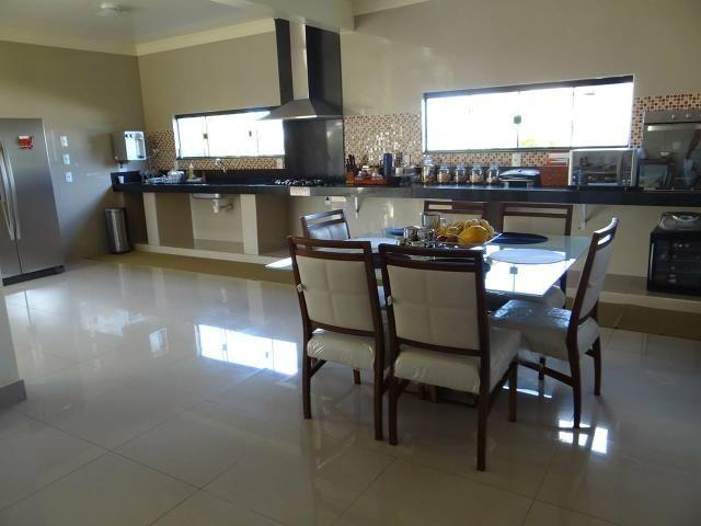 Arniqueiras QD 04 Casa 4 qts 3 suítes lazer lote 2.287m pode dividir em vários lotes - Foto 9