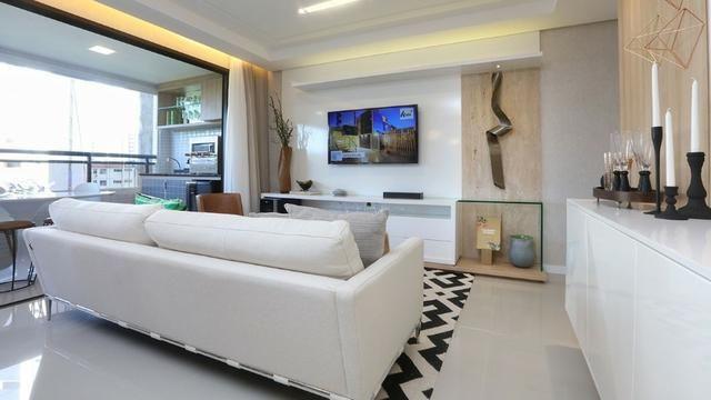 Vendo apartamento no Cocó com 123 m², 3 suítes e 3 vagas na garagem - Foto 2