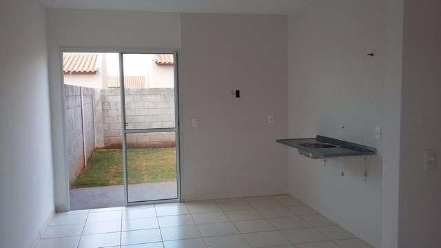 Casa com 2 quartos nas prox. Portal Shopping/ Hugool / GO 070, cond. Vida Bela - Foto 8