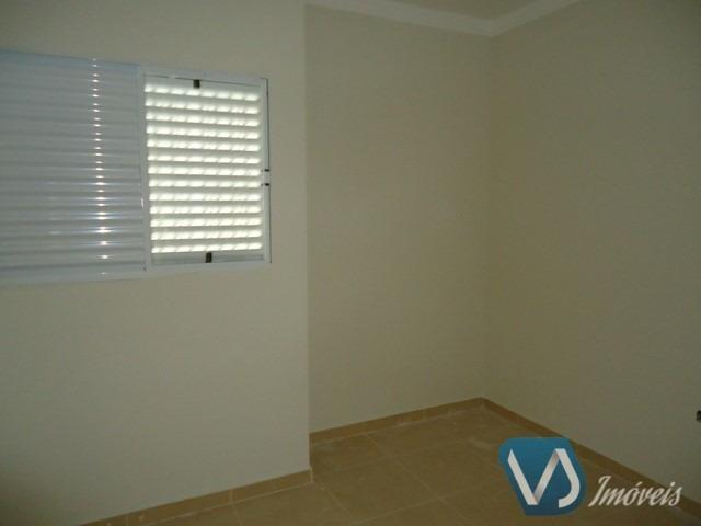 Casa assobradada no Jd. Monte Sinai para locação, 3 quartos, 140 m² - Londrina/PR - Foto 9