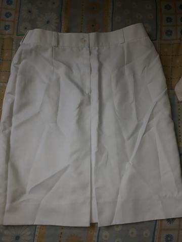 Uniformes brancos calças compridas e saia - Foto 6