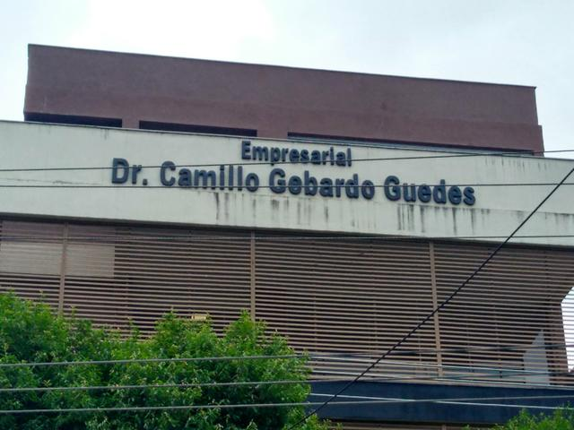 Amplas salas comerciais - Centro Empresarial Camilo Gebardo - Paraíba do Sul-RJ - Foto 3