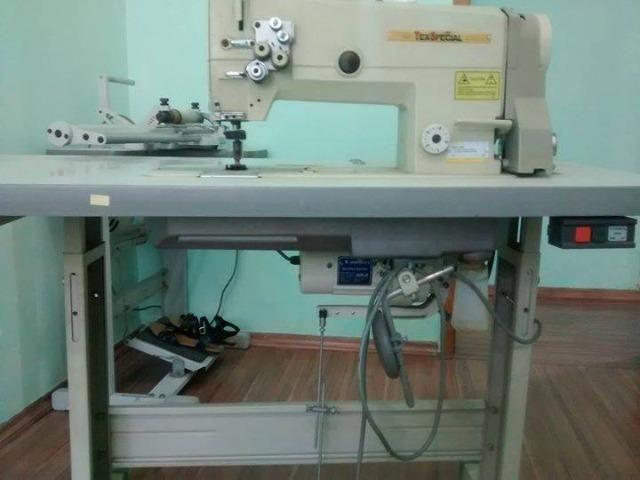 Máquina industrial 2 agulhas
