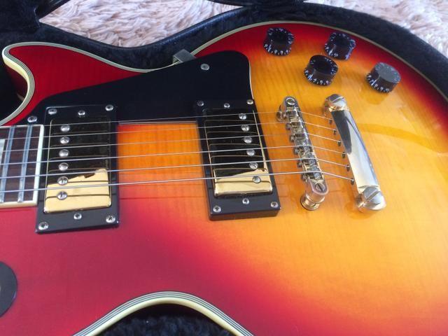 Guitarra Epiphone Les Paul Custom com case - Foto 5