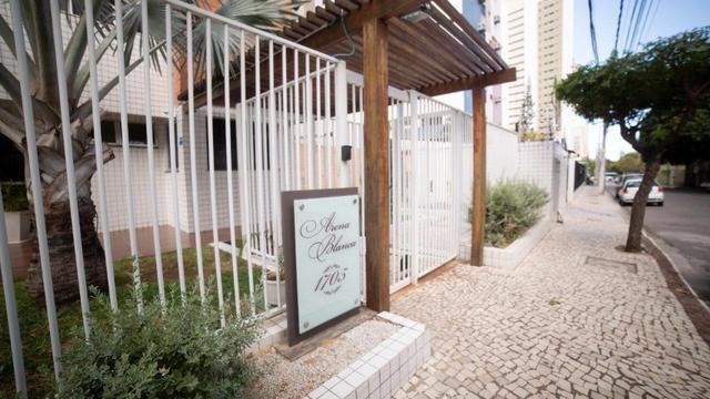 Vende-se Apartamento no Bairro Cocó Próximo Center Box - Foto 4