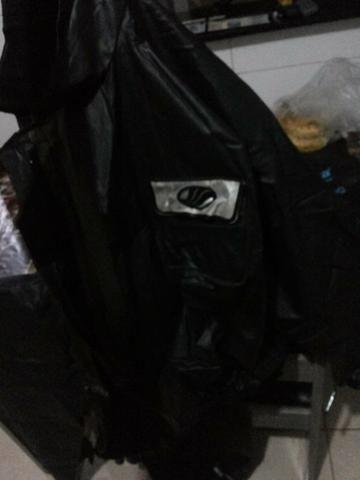 Capa de chuva GG 80 reais