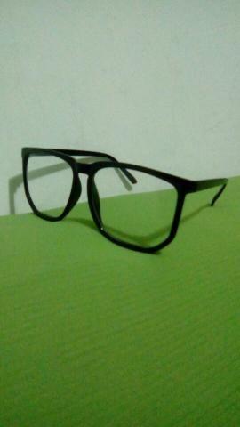 Armação para óculos de grau retrô - Bijouterias, relógios e ... 5395c476e7