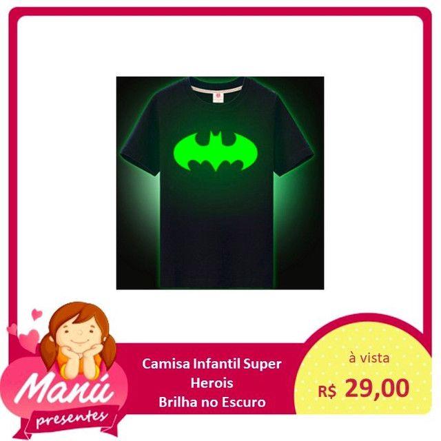 Camisa infantil que brilha no escuro