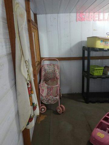 Vende-se casinha de boneca. Piso de madeira, - Foto 5
