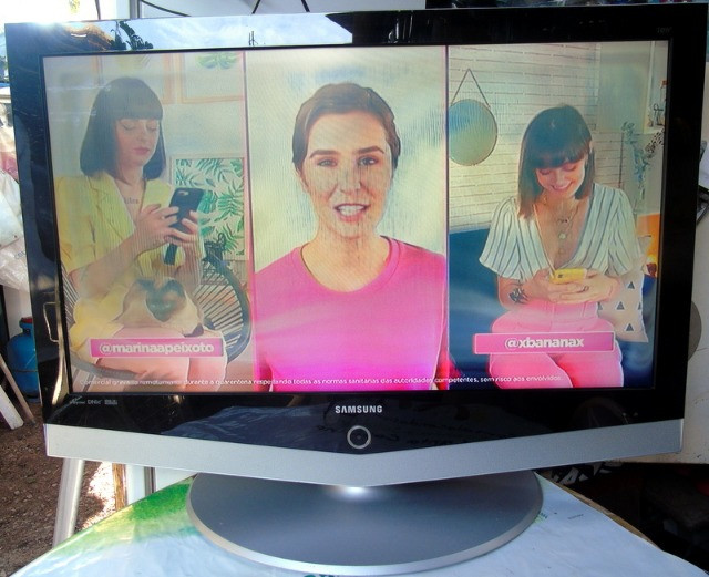 Samsung Tv Lcd 40 Polegadas com Mancha Na Tela - Foto 6