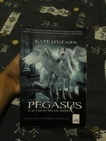 Livro pegasus e o fogo do olimpo