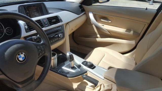 BMW 320i impecável!