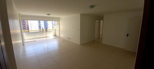 Apartamento na Ponta Verde (Edf.Eça De Queiroz) Oportunidade - Foto 17