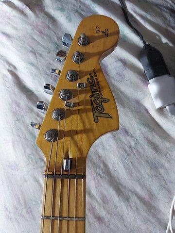 Guitarra c pedaleira de brinde