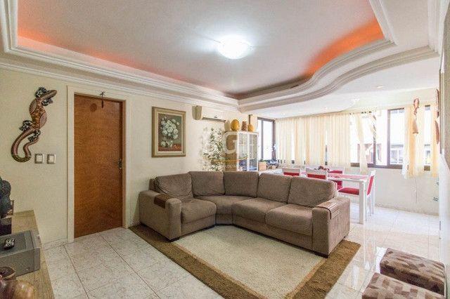 Apartamento à venda com 3 dormitórios em Vila ipiranga, Porto alegre cod:EL56355666