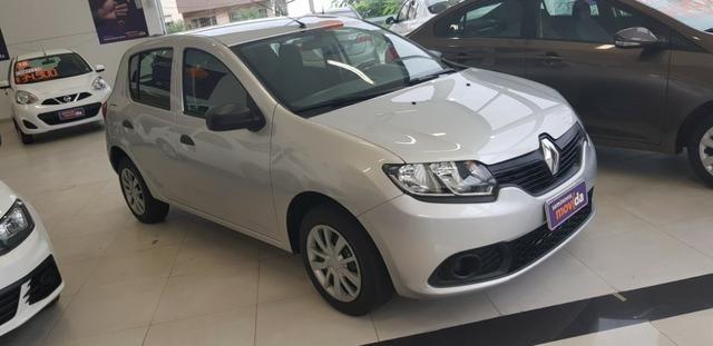 Renault Sandero - IPVA 2019 grátis