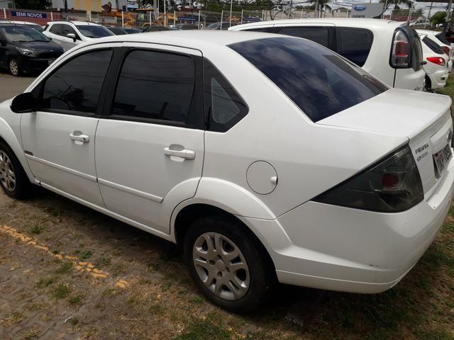 Fiesta sedan 2013 1.6 completo. financio ate 48 x - Foto 3