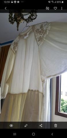 Vestido em crepe com bordado farm. usado pouquíssimas vezes