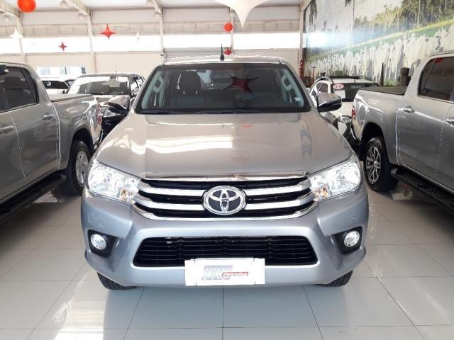 Toyota Hilux Cabine Dupla SRV 4P