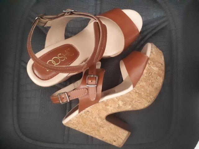 Sandália Plataforma Caramelo nº35 (Usada)